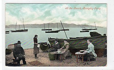 AT THE BEACH, BROUGHTY FERRY: Angus postcard (C25088)
