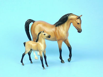 BREYER CLASSIC Horse Model Johar BAY ARABIAN MARE and FOAL