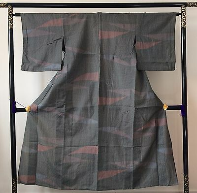 Authentic Japanese grey & pink polyester kimono for women, poor condition(K1150)