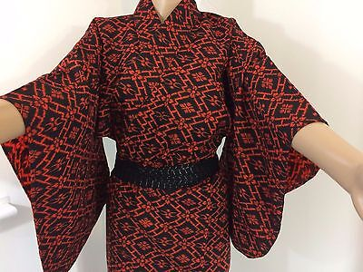 Authentic Japanese black & red wool kimono for women, Japan import, M (M1157)