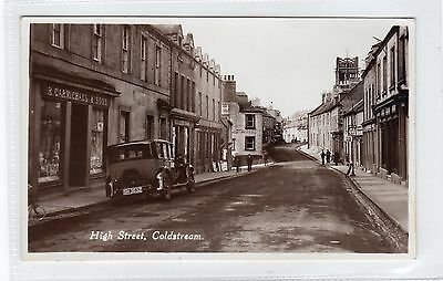 HIGH STREET, COLDSTREAM: Berwickshire postcard (C25576)