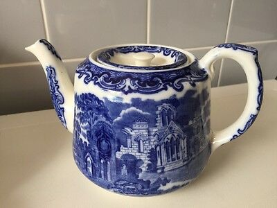 George Jones Blue & White Tea Pot - Abbey
