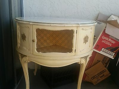 ANTIQUE  ACCENT TABLE FRENCH Provincial   WOOD  WITH MARBLE TOP