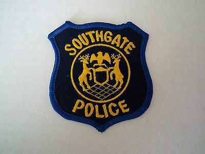 Southgate Police Department Patch Badge Michigan Blue and Yellow