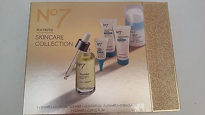 Boots No7 Youthful Skincare Collection Gift Set Protect & Perfect Tracked P&P
