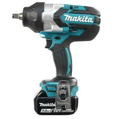 Makita DTW1002RTE 18-V 5.0 Ah 1/2 in. Brushless High Torque Impact Wrench Kit
