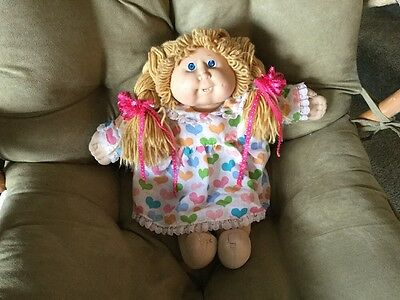 Cabbage Patch Kids Doll Vintage 1982 Girl with pigtails and tooth