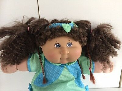 +35.  Cabbage Patch Kids Doll 2004 18''