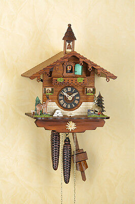 Analog Cuckoo Clock with 1-day Chain-Driven Movement, Clock, Black Forest 1504