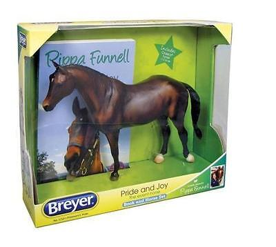 Breyer Pippa Model Horse With Book