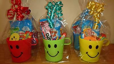 30 Pre Filled Sweet Smiley Cup Party Bag Favour -Vegetarian Sweets Only- Unisex