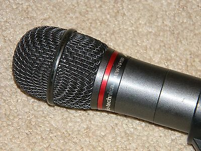 Audio Technica AEW-T6100 / wireless handheld microphone band D FREQ -655-680MHz.