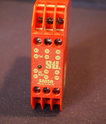 Sti 44510-0300 Safety Relay Sr05A