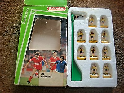 Boxed Subbuteo L/W Light Weight Team No 743 Arsenal 2ND Yellow