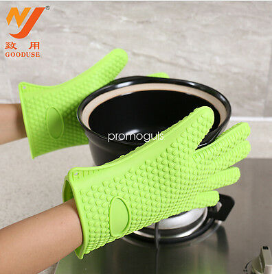 Pair of Gloves Heat Resistant Silicone Gloves Kitchen BBQ Oven Cooking Mitts UK