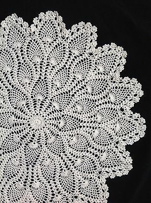 "WHITE HAND CROCHETED PINEAPPLE DOILEY / DOILY / DOILIE  TABLE CENTRE  22"" 56cm"