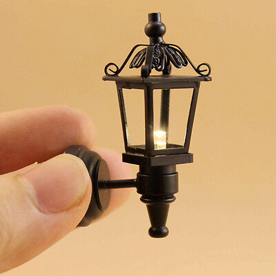 Non-Working #MH628NW Dollhouse Miniatures 1:12 Scale Black Coach Lamp