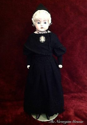 Antique 1800s German Papier Maché Doll ~ Large, Heavy Fraulein ~ Doll Collector