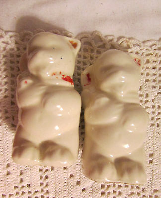 Vintage Shawnee Little Bear Salt And Pepper Shakers Set #1.