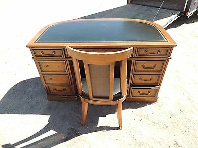 Fabulous Half Moon Antique Office Desk In Laid Leather W Chair Solid Wood Local Pickup Download Free Architecture Designs Crovemadebymaigaardcom