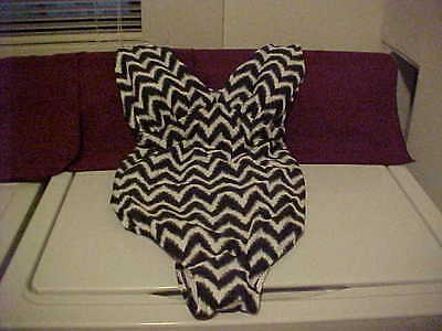 Liz Lange Maternity One Piece Chevron Black White Swim Bathing Swim Suit -Sz.XXL