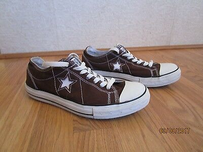 Pair Women's Converse On Star Low Top Brown Canvas Sneakers Size 9.5