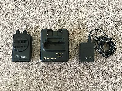 Motorola MINITOR IV - VHF Low Band PAGER 45-48.995 MHz 2-CHANNEL NSV w/Charger