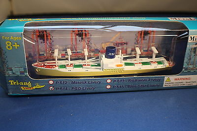P & O Lines cornflour livery Cargo Ship from Triang MInic Ships. Boxed New.