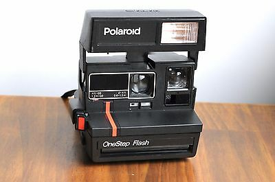 POLAROID OneStep Flash   600 LAND Instant Film Camera     - Working/Tested   680