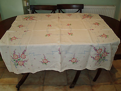 VINTAGE  HAND EMBROIDERED  TABLE CLOTH  4' x 4'