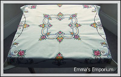 Beautiful Vintage Hand Embroidered Tablecloth & Napkins - Rose Cross Stitch