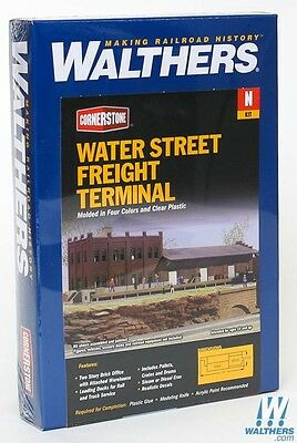 3201 Walthers Cornerstone Water Street Freight Terminal - N Scale