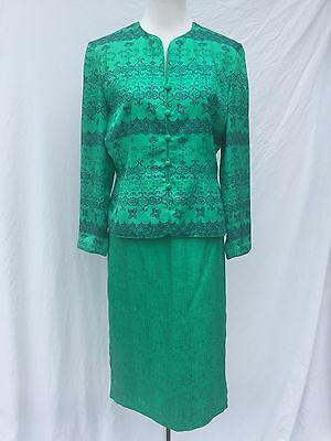 Vintage Adrianna Papell size 12 Green Silk Skirt Suit Navy Patterned Jacket