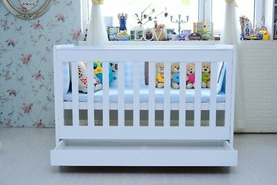 NEW 5 In 1 WHITE BABY COT BASSINET TODDLER BED MATTRESS CHANGE TABLE