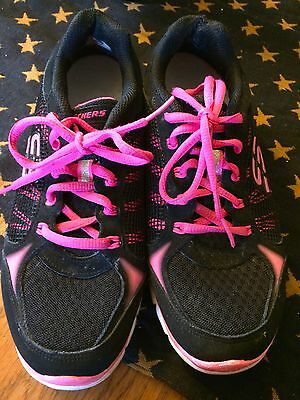Skechers Women's Size 7M Black/Hot Pink Tennis Shoes! LooK!