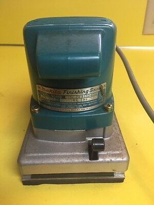 Makita 9045B 115V Finishing Sander Great shape!