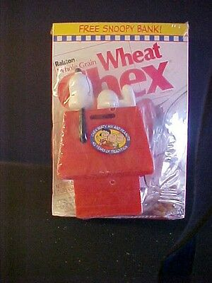 Chex Cereal Box With Snoopy Dog House Bank Attached 1990 Rare Unopened