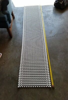 "Spantech Conveyer Chain 8' 2.5"" L X 18"" W White Plastic W/Stainless Steel Rod"