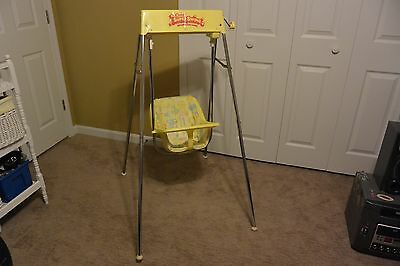 Vintage Century Super Baby Swing  Wind Up Reclining Swing Great Condition Works