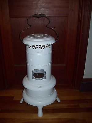ANTIQUE EARLY 1900'S PERFECTION SMOKELESS OIL HEATER  No 160 ~ RARE HTF