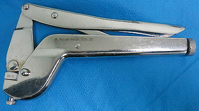 Synthes 329.20 Bending Pliers