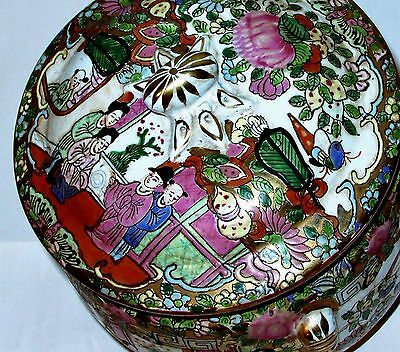 Vintage Chinese Hand-Painted Famille Rose Export Porcelain Tureen Pot Lid Large
