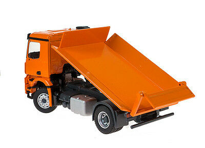 Mercedes Benz AROCS 2 axle tipper - Conrad  #78165  1/50 MIB.