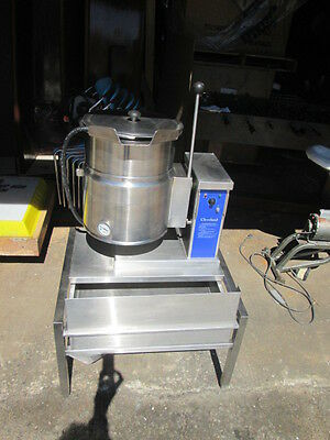 Cleveland Steam Kettle 6 Gallons - Model: KET-6-T - WITH STAND!