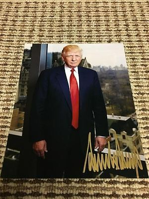 President Donald Trump Hand Signed Autographed 8x10