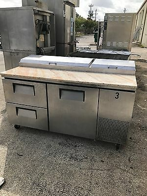 True TPP 67 pizza prep cooler with granite top