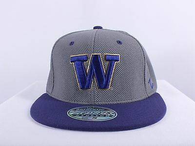 Washington Huskies Ncaa Youth, Small Flex/fit Cap Hat By Zephyr (H-128)
