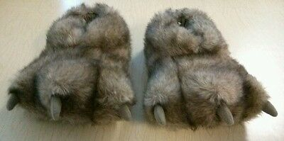 New Kids Size M Brown Animal Foot Slippers