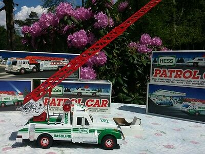 HESS RESCUE TRUCK 1994 Mint in Original Box cool extending ladder
