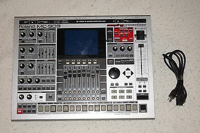 Roland MC-909 Sampling Groovebox FREE SHIPPING